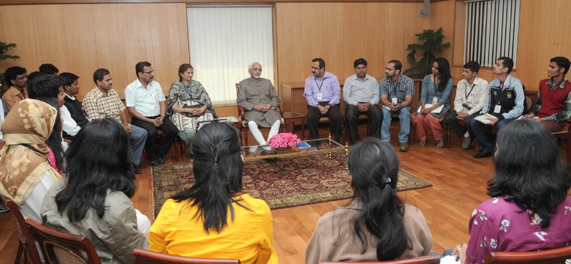 The Vice President, Shri Mohd. Hamid Ansari interacting with the students of University of Pune, Department of Communication and Journalism, in New Delhi on March 12, 2014.