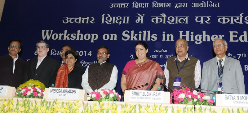 The Union Minister for Human Resource Development, Smt. Smriti Irani at the Workshop on Skills in Higher Education, organised by Deptt. of Higher Education, MHRD, in New Delhi on December 06, 2014. The Minister of State for Human Resource Development, Shri Upendra Kushwaha and other dignitaries are also seen.