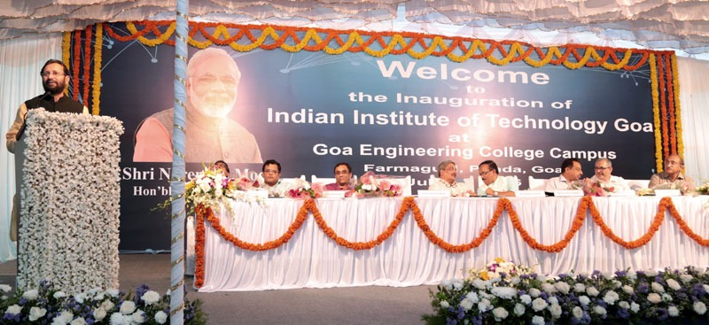The Union Minister for Human Resource Development, Shri Prakash Javadekar delivering the inaugural address at the IIT-Goa, at Farmagudi, Ponda, Goa on July 30, 2016. The Union Minister for Defence, Shri Manohar Parrikar and the Chief Minister of Goa, Shri Laxmikant Parsekar are also seen.
