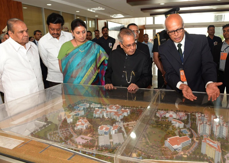 The President, Shri Pranab Mukherjee inaugurated the Academic Complex, during the Third Convocation of Indian Institute of Science Education & Research, in Pune on June 15, 2014. The Governor of Maharashtra, Shri K. Sankaranarayanan and the Union Minister for Human Resource Development, Smt. Smriti Zubin Irani are also seen.