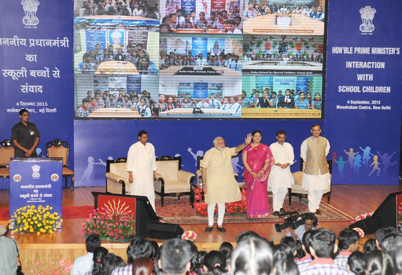 The Prime Minister, Shri Narendra Modi at an interaction with school children on eve of the Teachers' Day, at Manekshaw Centre, in New Delhi on September 04, 2015. The Union Minister for Human Resource Development, Smt. Smriti Irani, the Ministers of State for Human Resource Development, Prof. (Dr.) Ram Shankar Katheria and Shri Upendra Kushwaha and the Minister of State for Finance, Shri Jayant Sinha are also seen.